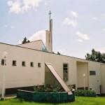 Eglise de Kauniainen, Finlande, 1985 Architecte: Kristian Gullichsen image par Hiramaya Susumu