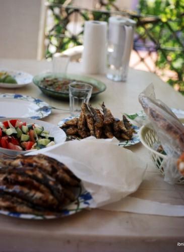Les sardines, élément essentiel du repas estival sur la côte algérienne