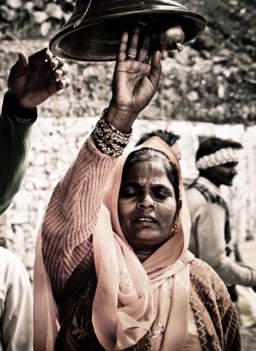Nabil Ghandi -devotional gong-