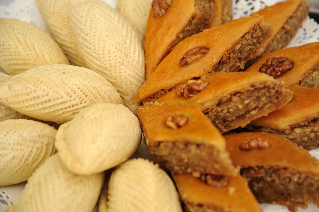 Novruz Holiday sweets – Shekerbura and Pakhlava © Eldar Fazraliyev