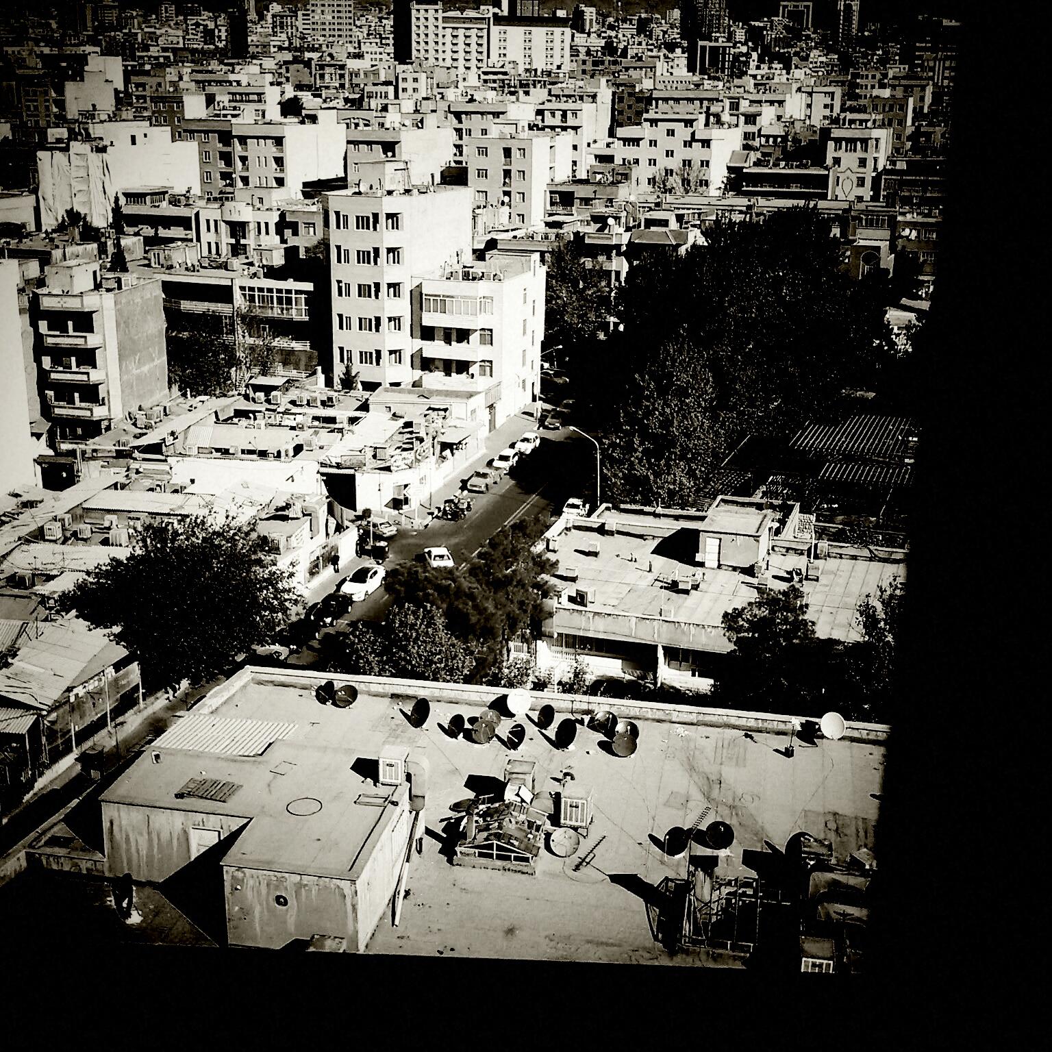 """""""Street Organisms"""" de Téhéran par Mostafa Bazri"""