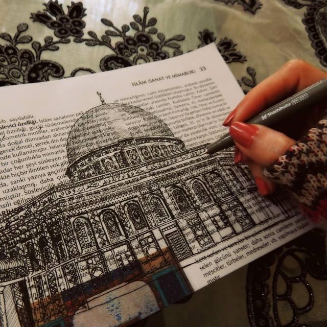 Les dessins insolites de Süreyya
