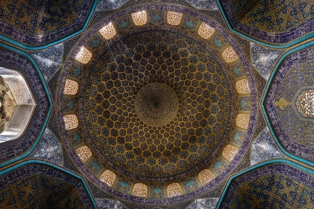 Dôme de la mosquée Sheikh Lotfollah à Isfahan, Iran. La construction de cette mosquée à duré de 1603 à 1619. © Mohammad Reza